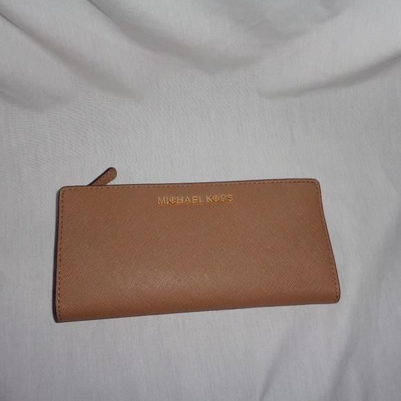 f183c750ac4c Michael Kors Bags   Large Card Case Carryall Wallet Khaki   Poshmark